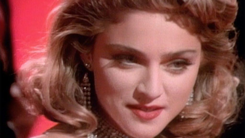 笑ってはいけない高校動画感想。マドンナのダンスやトイレの花子さん