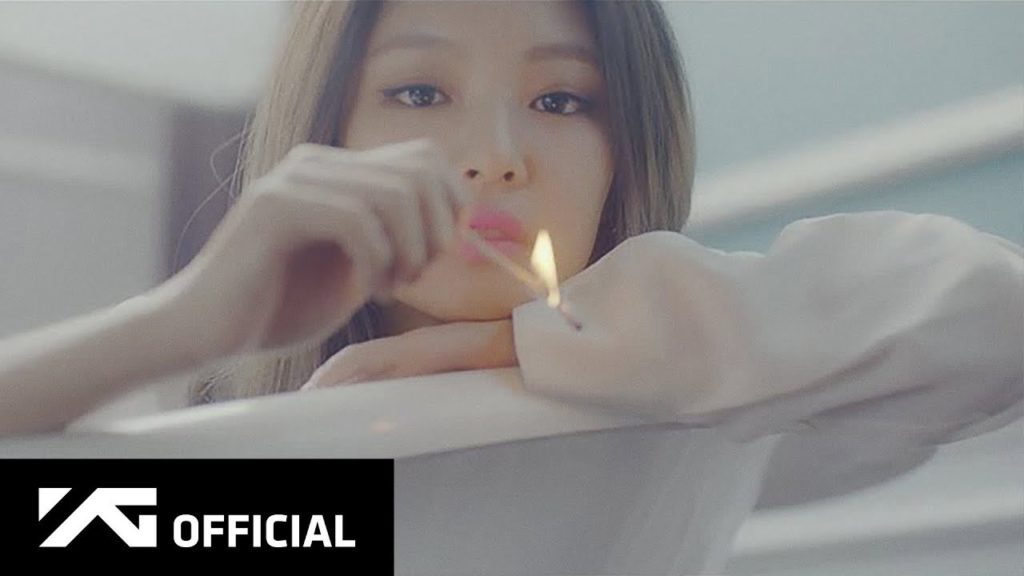 BLACKPINKが韓国ガールズグループ初の5曲5億再生突破!